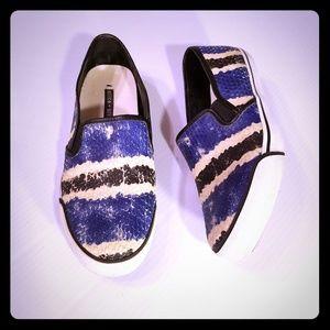 Alice + Olivia Piper Slip On Leather Sneakers 39